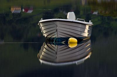 Shin y boat